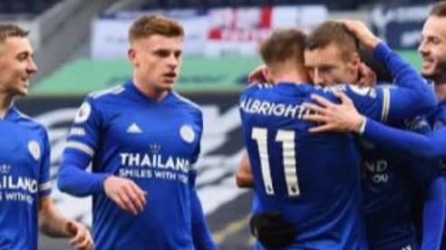 Tottenham thua Leicester 0-2 trên sân nhà