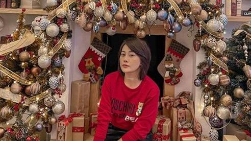 Sao Việt tiệc tùng đón Giáng sinh sớm: Tăng Thanh Hà tươi tắn bên em chồng, Phương Oanh cực cuốn hút