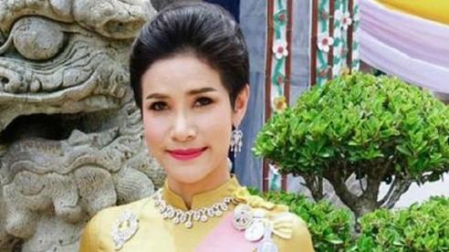 Hơn 1.400 ảnh nhạy cảm của Hoàng quý phi Thái Lan bị rò rỉ gây chấn động