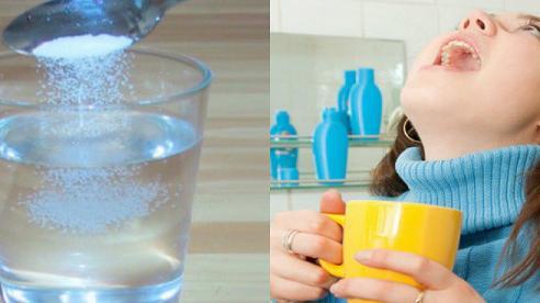 Sai lầm khi dùng nước muối súc miệng