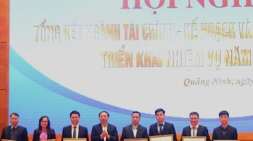 Quảng Ninh: Cần xây dựng kịch bản tăng trưởng linh hoạt