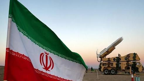 Iran lắp đặt hệ thống phòng không gần các cơ sở hạt nhân