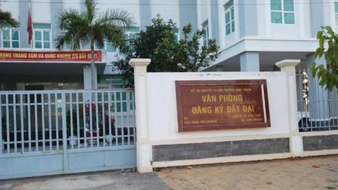 Bình Thuận: Có dấu hiệu 'ngâm' hồ sơ, không cấp sổ đỏ cho người mua?