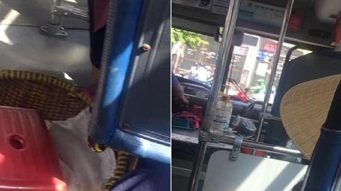 Gặp cụ bà 94 tuổi trên xe buýt, tài xế và lơ xe bỗng chốc thay đổi thái độ khiến nhiều người bất ngờ