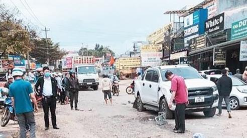 Xe tải gây tai nạn cho hàng loạt ô tô, xe máy, 2 người tử vong tại chỗ