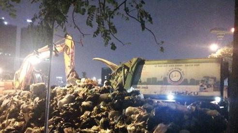 Tiến hành xử lý khoảng 150 tấn rác tồn đọng tại quận Nam Từ Liêm (Hà Nội)