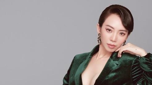 Thu Trang xin phép Tiến Luật chụp ảnh gợi cảm, nhìn kết quả ai cũng tròn xoe mắt