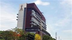 Nam nhân viên nghỉ việc nhảy từ tầng 9 khách sạn tử vong