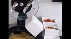 Chiếc máy mọi chị em thuộc hội ghét bếp đều mơ ước