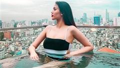 'Mẹ bỉm sữa' Lan Khuê diện bikini khoe body quyến rũ, fan trầm trồ: 'Nhan sắc ngày càng thăng hạng'