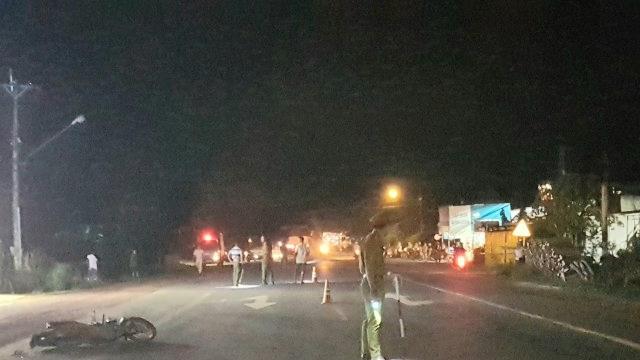 Xe máy liên tiếp gây tai nạn, 4 người chết, 1 người nguy kịch