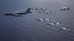 B-52 bay thẳng từ Mỹ đến Biển Đông tập trận 'dằn mặt' Trung Quốc