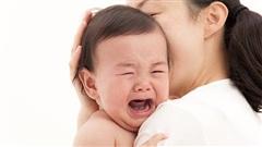 Tuyệt chiêu giúp bé đang quấy khóc ngủ ngay trong chớp mắt
