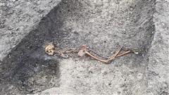 Đường tàu cao tốc 'lao thẳng' vào mộ cổ kinh hoàng 2.000 năm tuổi