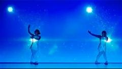 Mãn nhãn màn trình diễn vũ điệu ánh sáng đầy nghệ thuật