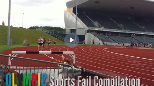 Những tình huống khó đỡ trong thể thao