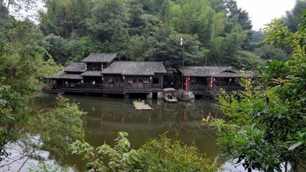 Chuyện lạ: Bí ẩn ngôi làng không bao giờ có muỗi ở Trung Quốc