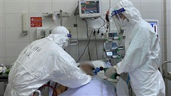 ĐỪNG LỠ ngày 10/8: Hai bệnh nhân Covid-19 tử vong ở tuổi 33 và 47; Phú Lê hối hận sau vụ chỉ đạo đàn em đánh người