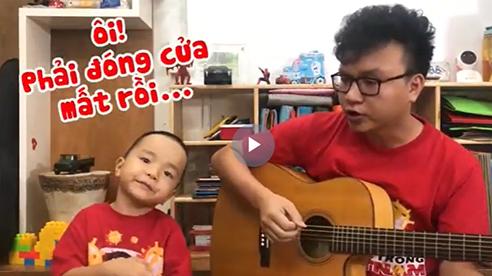 """Hát cổ vũ Đà Nẵng, bố con bé Sâu """"đốn tim"""" cộng đồng mạng"""