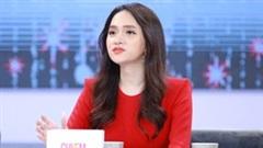 Giữa lúc lùm xùm người thứ 3 rầm rộ, Hương Giang khiến dân tình gật gù khi chia sẻ phát ngôn cực 'chất'