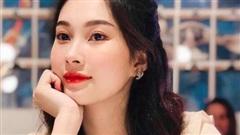 Hoa hậu Đặng Thu Thảo lộ gương mặt mũm mĩm, tăng cân sau khi sinh con trai