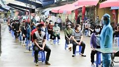 Thường trực Thành ủy Hà Nội đồng ý nâng mức độ phòng chống dịch Covid-19 ở một số khu vực