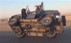 Thót tim với kiểu thay lốp xe ở Ả-rập Xê-út