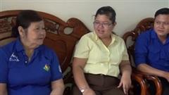 Cụ bà 77 tuổi vẫn hăng say tình nguyện giúp đỡ cộng đồng
