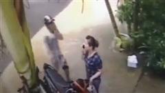 Táo tợn hết sức: Đấm vào mặt nạn nhân để cướp xe giữa ban ngày!