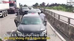Nổ súng vây bắt nhóm đối tượng vận chuyển ma túy trên xe ô tô như phim hành động