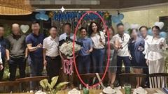 Đàm Thu Trang để lộ vóc dáng thon gọn chỉ sau 1 tháng sinh con