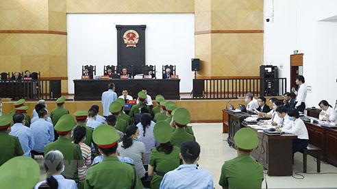[Photo] Diễn biến ngày thứ hai phiên tòa xét xử vụ án tại Đồng Tâm