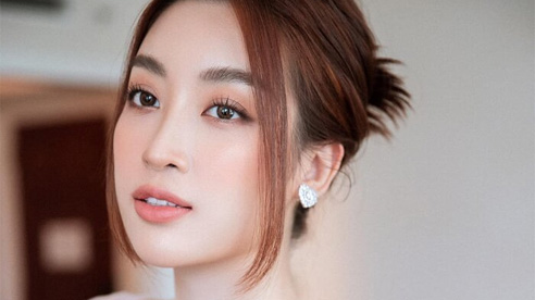 Hoa hậu Đỗ Mỹ Linh dịu dàng với váy chuyển sắc, nét đẹp mong manh chuẩn 'nàng thơ'