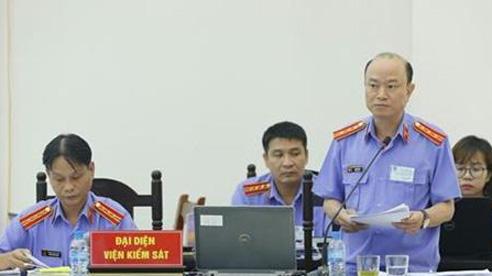 Xét xử vụ án tại Đồng Tâm: Viện Kiểm sát đối đáp quan điểm bào chữa của luật sư