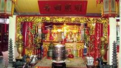Ngôi đền lạ nhất Hà Nội