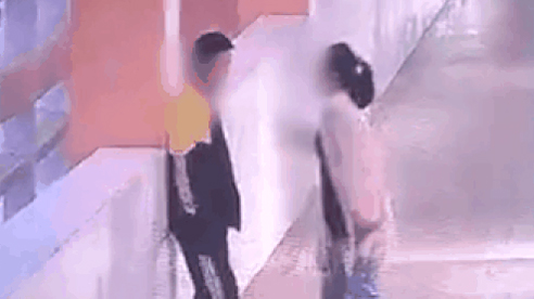Bị mẹ mắng chửi trước mặt bạn bè, nam sinh lớp 9 nhảy từ tầng 5 tự tử
