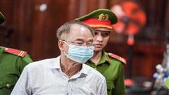 CLIP: Bật khóc, bị cáo Nguyễn Thành Tài xin lỗi mẹ 97 tuổi và nhân dân TP HCM