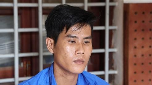 Vụ bé 12 tuổi bị xâm hại: Mẹ bắt quả tang 'yêu râu xanh' trốn dưới gầm giường con gái