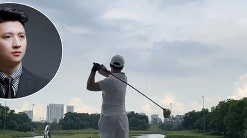 Trọng Hưng bước vào đường đua sân golf, tập miệt mài thế này lại chẳng mấy chốc mà lên tay