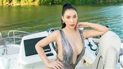 Quỳnh Thư tung ảnh diện áo tắm nóng bỏng