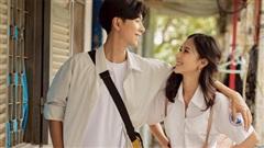 Couple trai xinh gái đẹp chiếm spotlight vì loạt ảnh 'lịm tim': tuổi 17 năm ấy nợ chúng ta một mối tình như vậy!