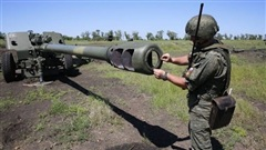 Cặp đôi 2A65 Msta-B và Krasnopol tự tin 'khóa chặt' Crimea