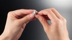 Người Nhật tạo ra khối rubic nhỏ nhất thế giới chưa đến 1cm