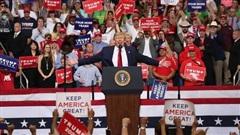 Chỉ số quan trọng tăng đột biến ở bang chiến trường Florida: TT Trump 'phả hơi nóng vào gáy' ông Biden