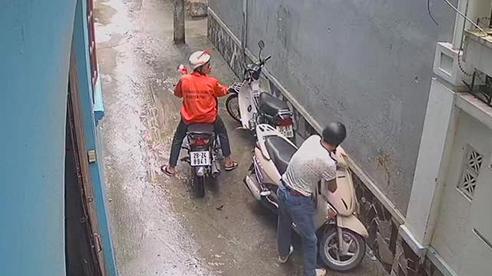 Ai đi Lead cần chú ý: Đây là cách hành động của trộm xe