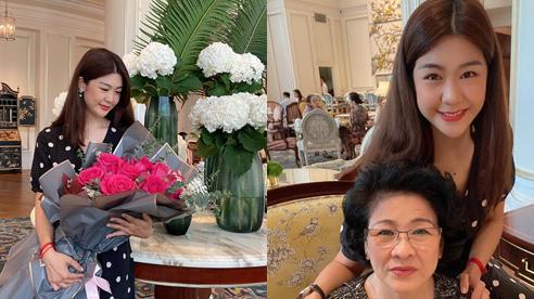 Nữ cơ trưởng Huỳnh Lý Đông Phương đón tuổi 33 giản dị bên bạn bè người thân, nhan sắc 'ăn gian' tuổi khiến chị em ghen tị vô cùng