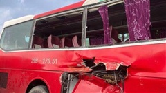 Vụ xe 45 chỗ chở học sinh tiểu học va chạm với tàu hỏa: Gặp nạn sau khi đi trải nghiệm thực tế