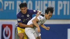 Kỳ lạ: Từ TPHCM đến HAGL đá với Hà Nội đều gặp bất lợi vì trọng tài