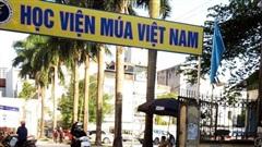 Ba nữ sinh đỗ Đại học Sân khấu - Điện ảnh nguy cơ trượt vì Học viện Múa Việt Nam 'giam' bằng