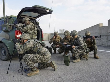 Quân đội Mỹ thông báo ngừng trả lương 9.000 nhân viên Hàn Quốc